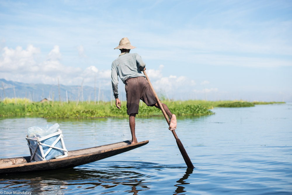 One-legged rower Inle Lake