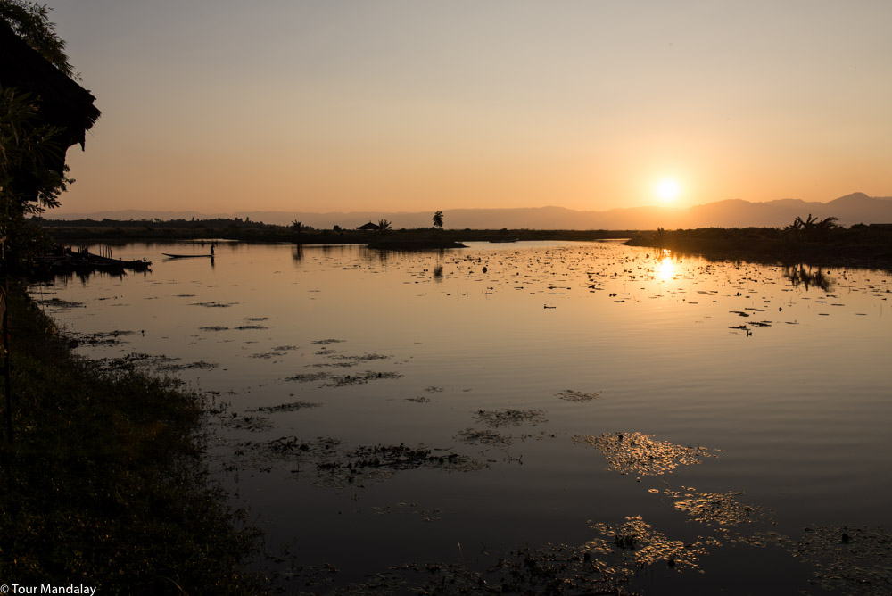 The sunsets over Inle Lake